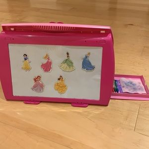 Magnetic Fold up Double-Sided easel/whiteboard
